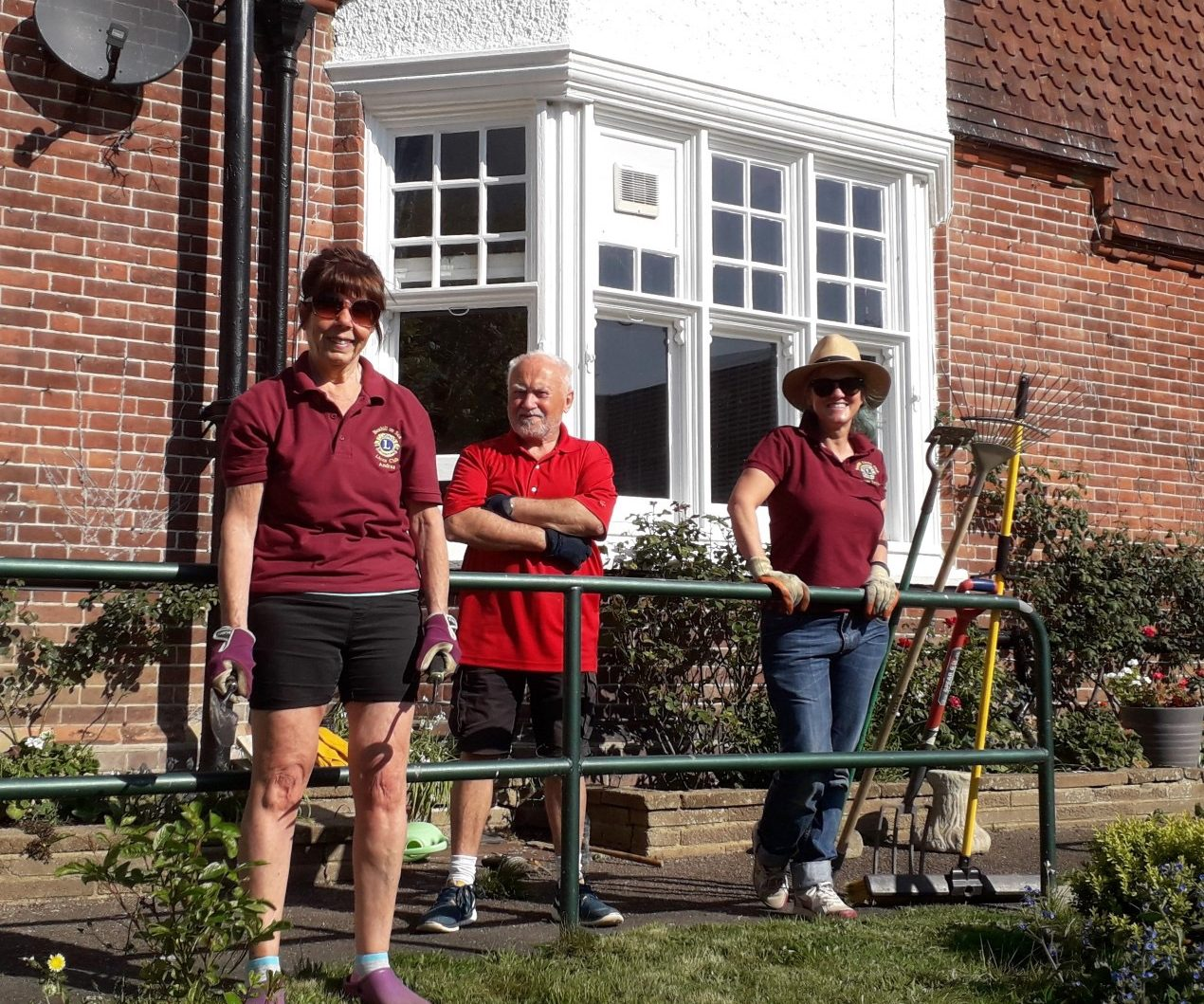 Bexhill Lions Help Out at Mais House